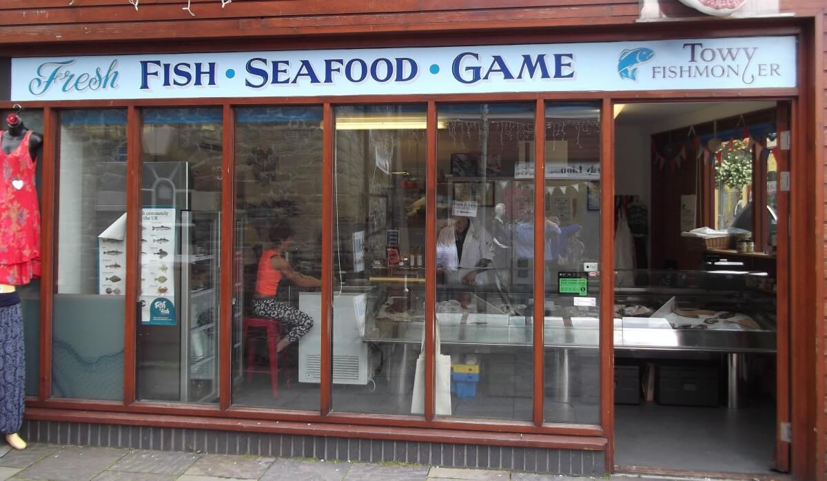 Carmarthen Signs for Towy Fishmongers
