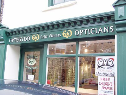 Newcastle Emlyn Signs for Opticians
